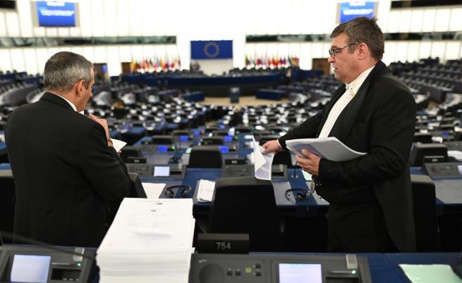 """Комисия на ЕП ще гласува пакет """"Мобилност"""""""