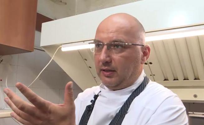 """Шеф Манчев остава възмутен от безотговорен собственик в """"Кошмари в кухнята"""""""