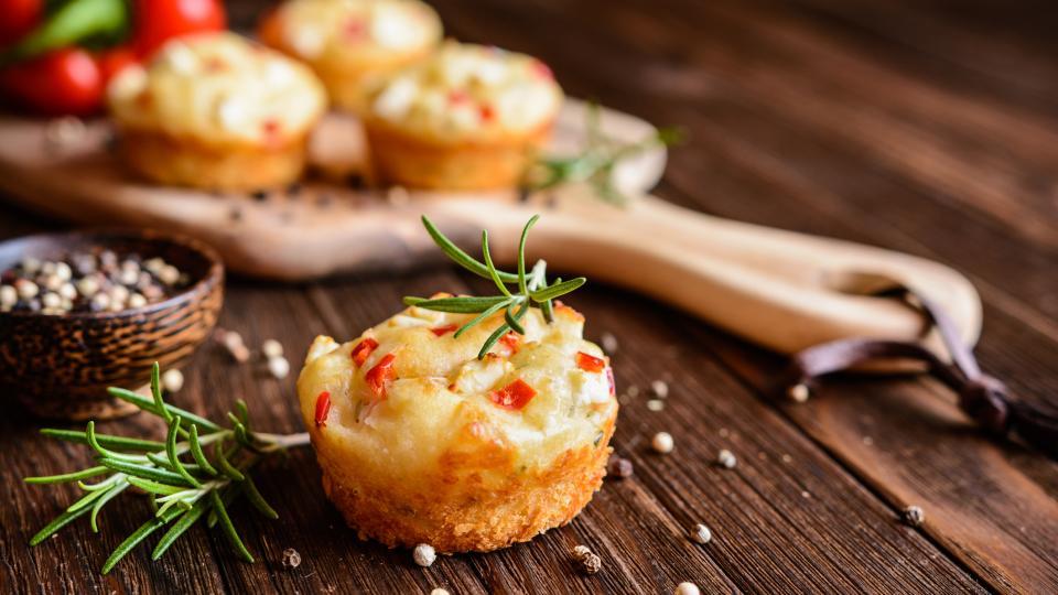 Кексчета със сирене и розмарин