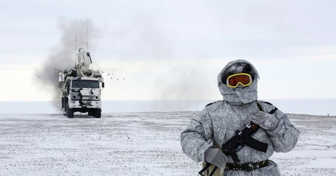 Свят Русия настъпва в Арктика, строи най-мощния ледоразбивач в света
