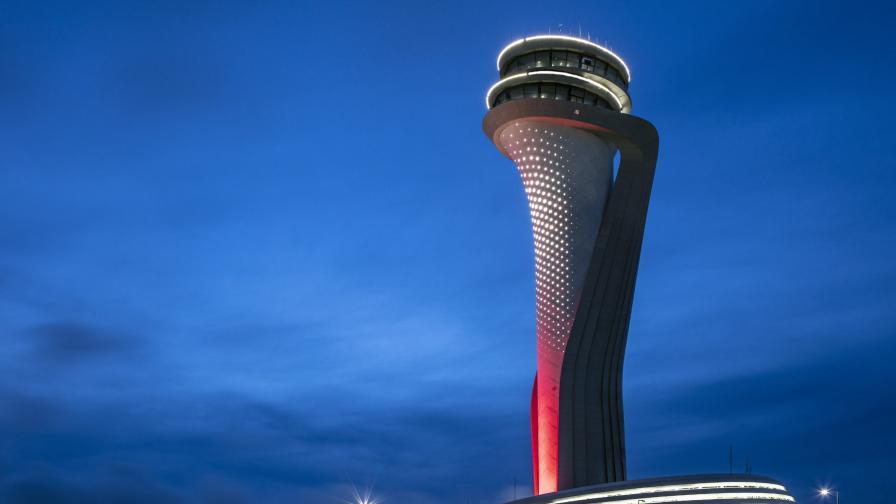 <p>Огромни проблеми с новото мегалетище на Истанбул</p>