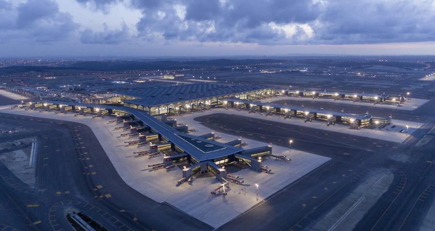 Истанбул летище Ататюрк Истанбулско аерогара турция полет самолет