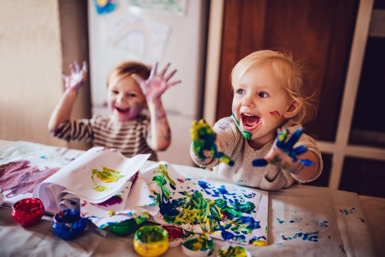 Малко хаос няма да навреди на никого.Не случайно най-креативните хора са и най-разхвърляни. Неоправеното легло може да почака.