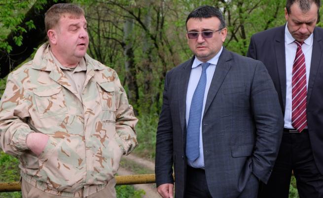 Маринов: Заплахата от бежанска вълна не е отминала