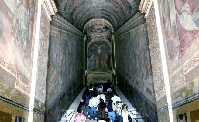 Светите стъпала, по които е преминал Христос (СНИМКИ)