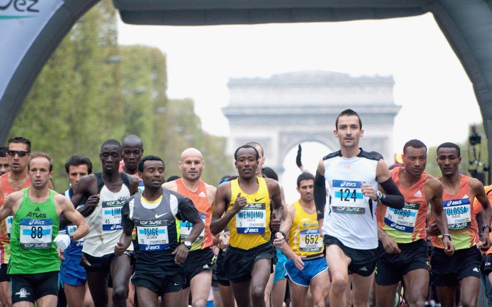 Етиопецът Абра Милау спечели маратона на Париж