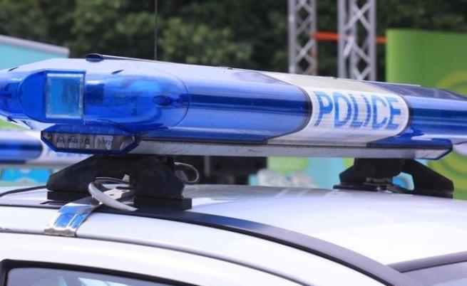 Полиция и жандармерия влязоха в луксозни имоти във Ветово
