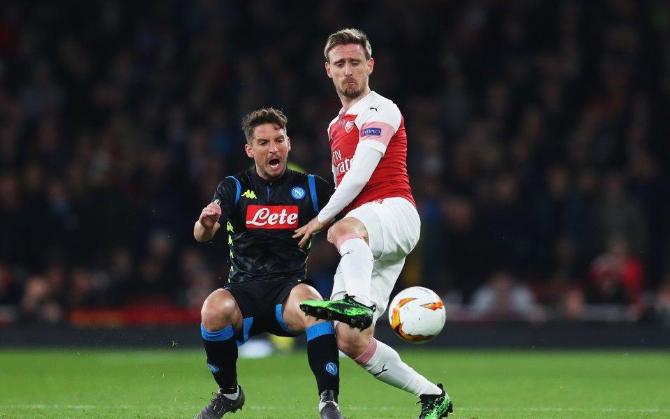 Арсенал получи своето облекчение, преодолявайки Наполи за място на полуфинал
