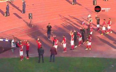 Футболистите на ЦСКА и Левски поздравиха феновете си