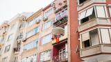 Четириетажна сграда рухна в Истанбул, други 21 - евакуирани
