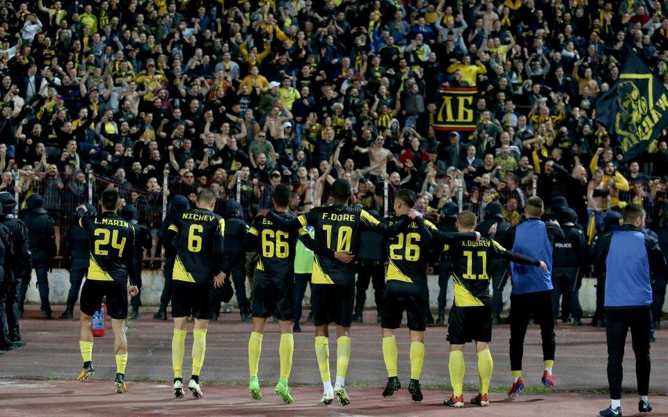 Ботев Пловдив елиминира ЦСКА на полуфиналите за Купата на България.