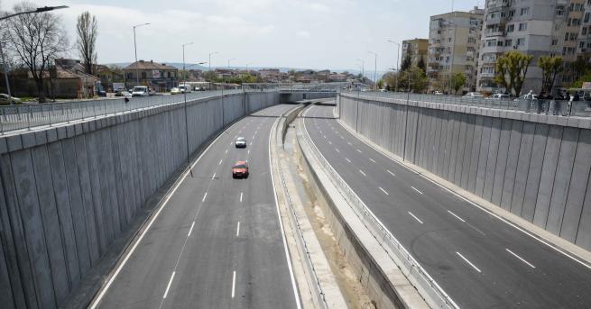 България Проверка на елипсовидното кръстовище във Варна Премиерът беше на