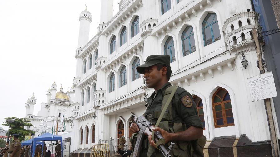 <p>Откриха 15 тела след престрелката в<strong> Шри Ланка&nbsp;&nbsp;</strong></p>