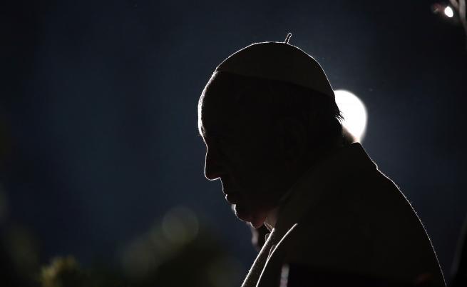 АФП: Предпазливото посрещане на папа Франциск на Балканите
