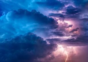 Средиземноморски циклон носи дъжд и застудяване