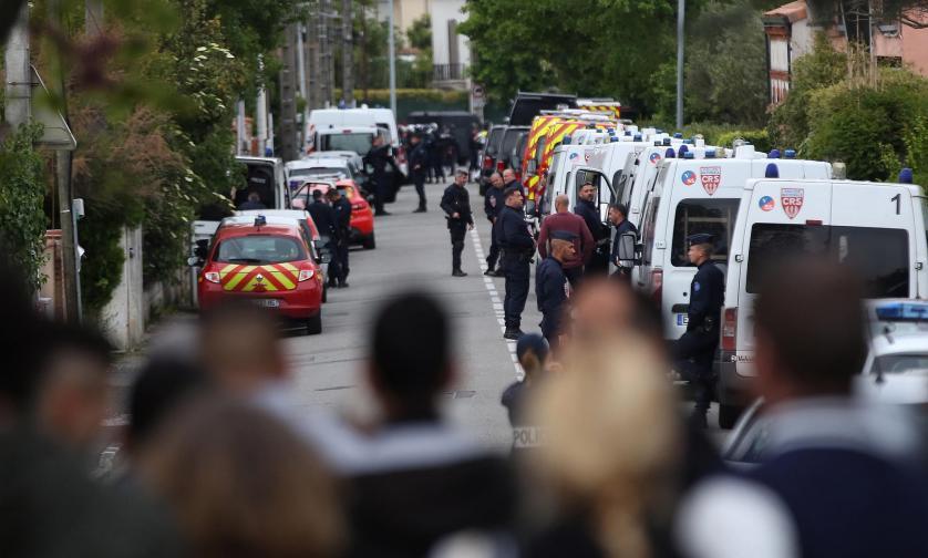 тулуза заложници франция полиция