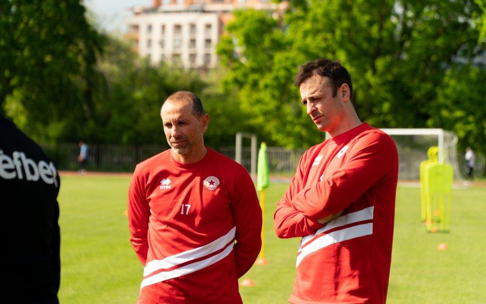 Бербатов започна с клуб от Първа лига