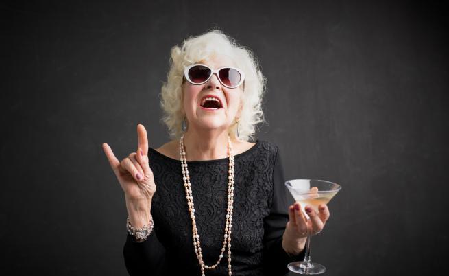 БабсБг - най-щурите пенсионерки на Казанлък (ВИДЕО)