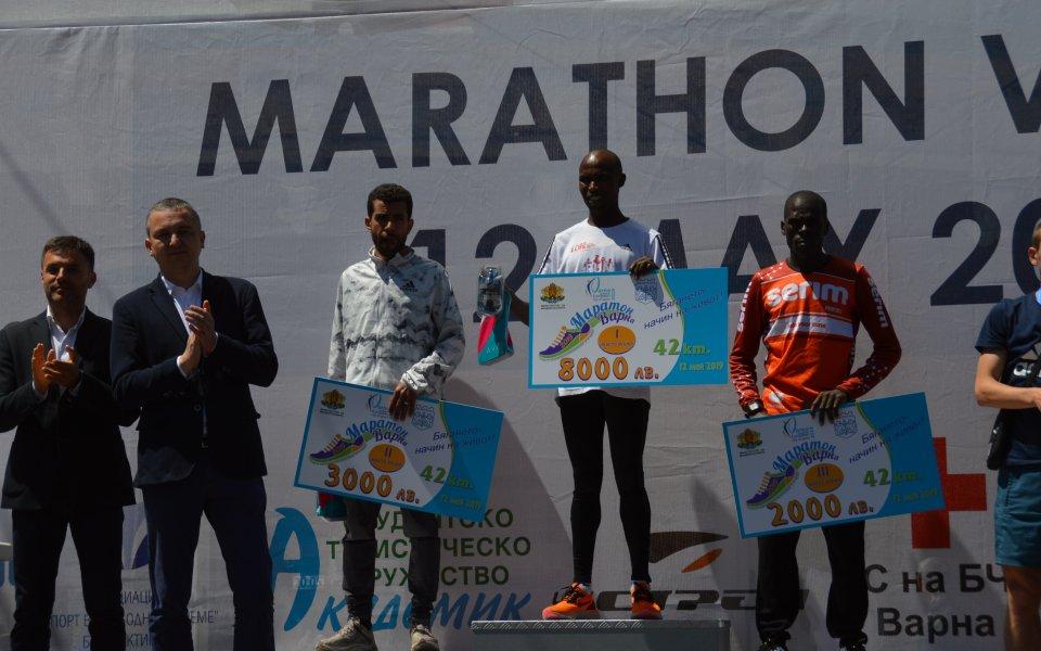 Кенийски лекоатлети триумфираха на маратона във Варна