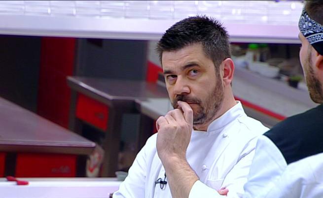 Шеф Ангелов ще предизвика готвачите с игра на покер