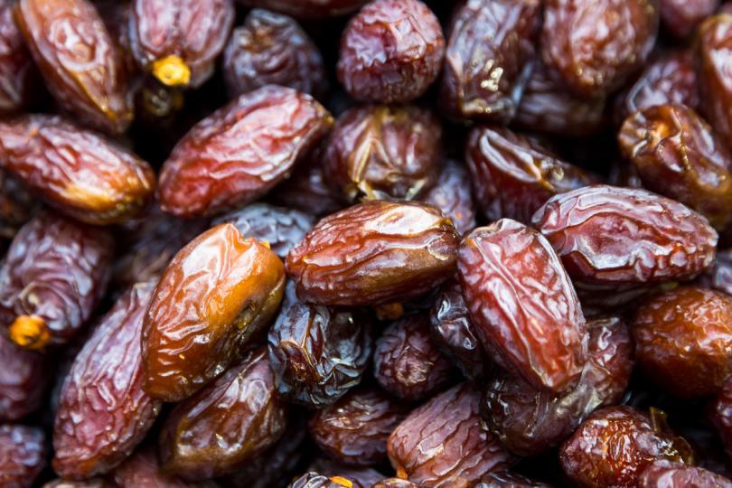 <p><strong>Помагат за работата на черния дроб </strong>- Фурмите и екстракта от техните семена може да спомогне за намаляване на чернодробната фиброза, което се случва, след като черният дроб се лекува неправилно и при справяне с токсините. Фурмите могат да ви помогнат за по-доброто възстановяване на черния дроб.</p>