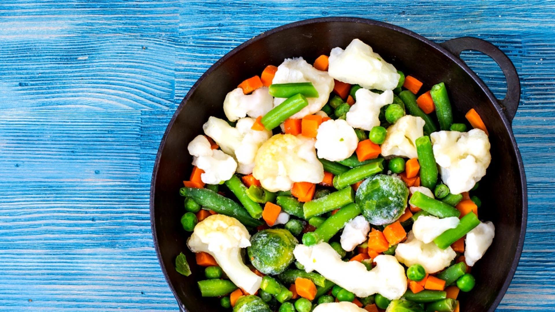 Замразените зеленчуци по-полезни ли са от свежите?