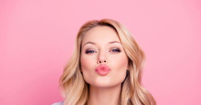 Плътните чувствени устни са гаранция за добро първо впечатление, признак