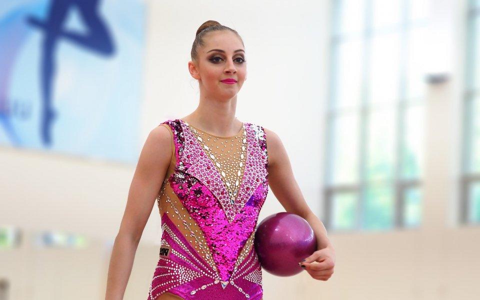 Българката Боряна Калейн спечели златен медал на бухалки и сребро