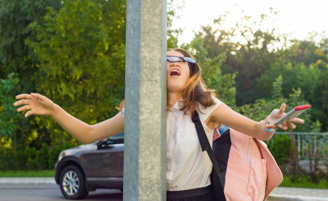 Ню Йорк: ако ходите по улицата и си гледате телефона, застрашава ви глоба