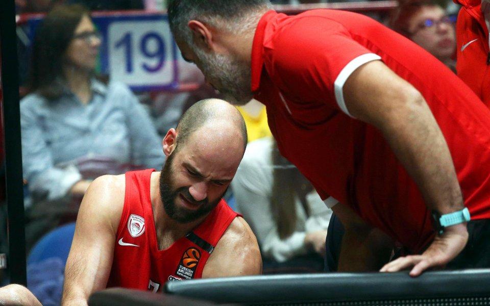 Баскетболният отбор на Олимпиакос, чийто екип носи и българинът Александър