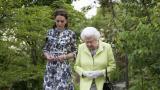 <p>Кралицата разгледа <strong>горската градина на Кейт Мидълтън</strong></p>