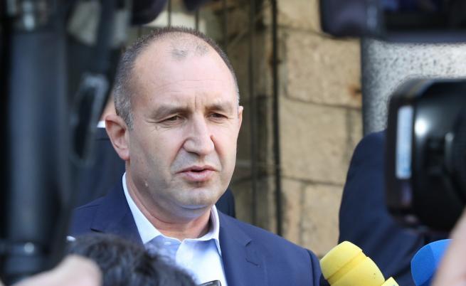 Радев пред ТАСС: Сътрудничеството ни с Русия трябва да се развива въпреки санкциите