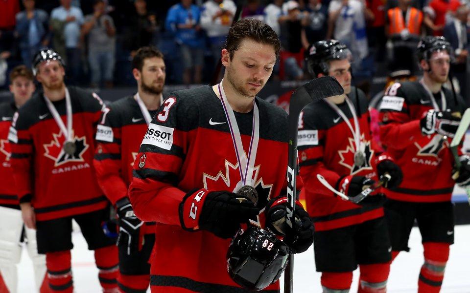 Канада с рекордна титла на СП по хокей за младежи