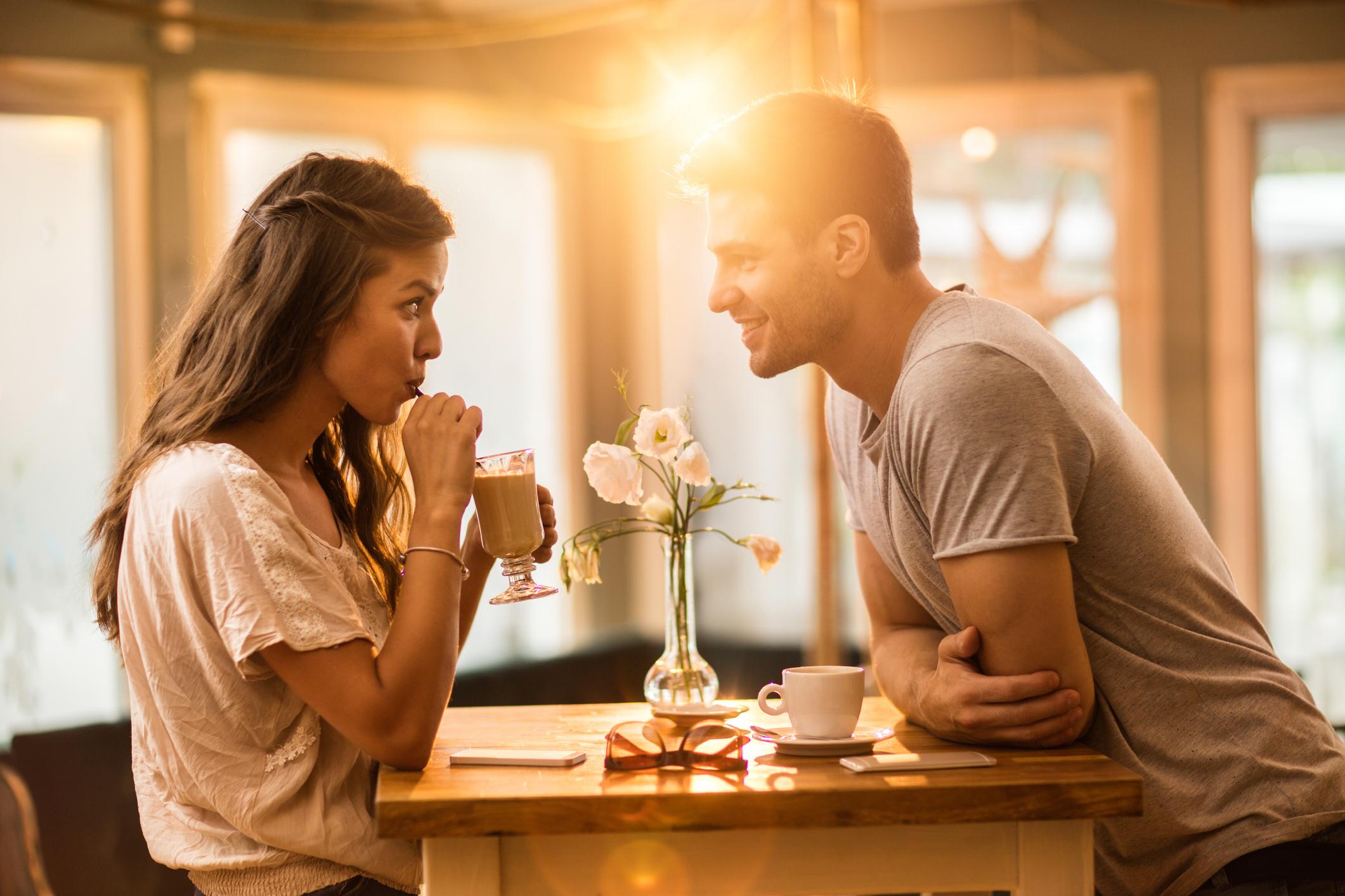 Влюбвал/а ли си се някога?<br /> Каква е целта на този въпрос? Да разберем дали човекът отсреща е в състояние да обича? Или пък дали все още е влюбен в някого? Отговорът на този въпрос може да развали вечерта, така че по-добре въобще не го задавайте