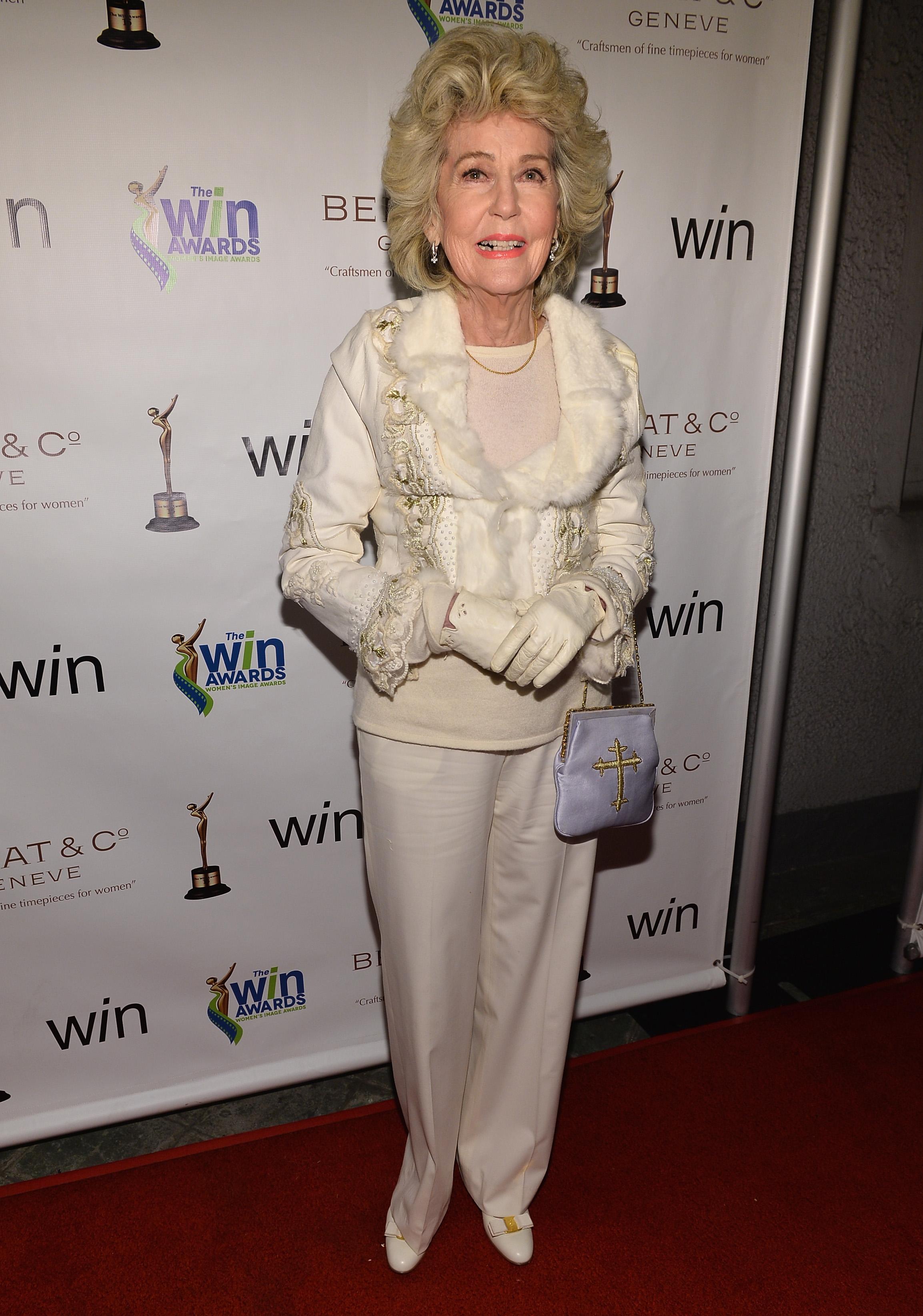 Джорджия Холт е майка на Шер. Бивша актриса, певица и модел, скоро Холт ще навърши 93 години. Въпреки това тя изглежда прекрасно. Омъжвала се е 6 пъти, два от които за един мъж, и освен Шер има още една дъщеря.