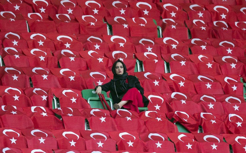 Турция изрази възмущението си от посрещането на националния отбор в