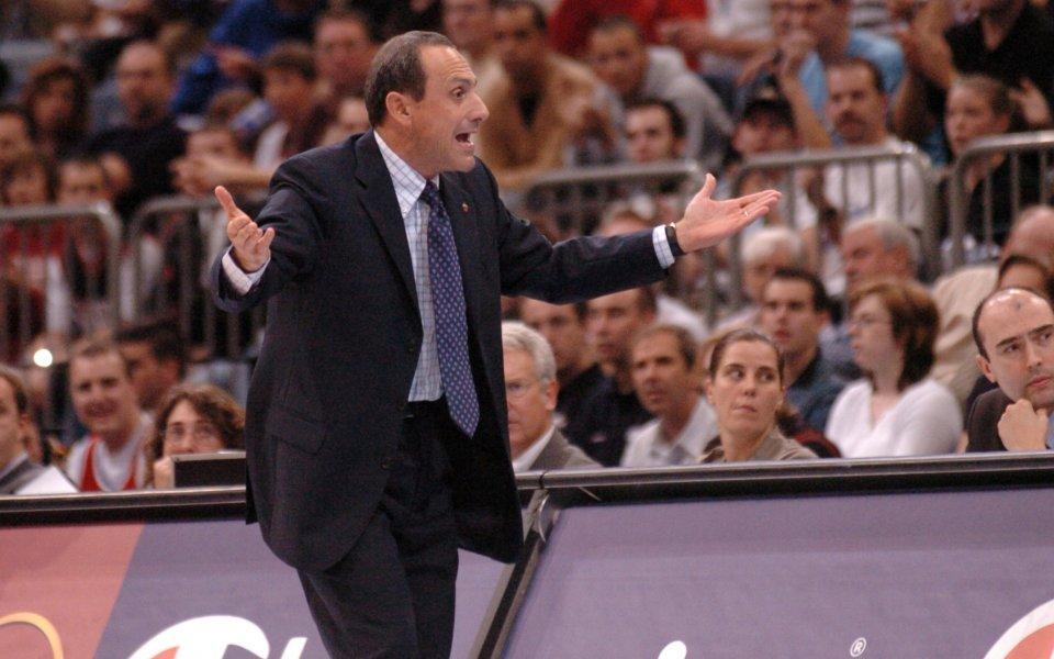 Известен специалист става и треньор, и президент на Армани Милано