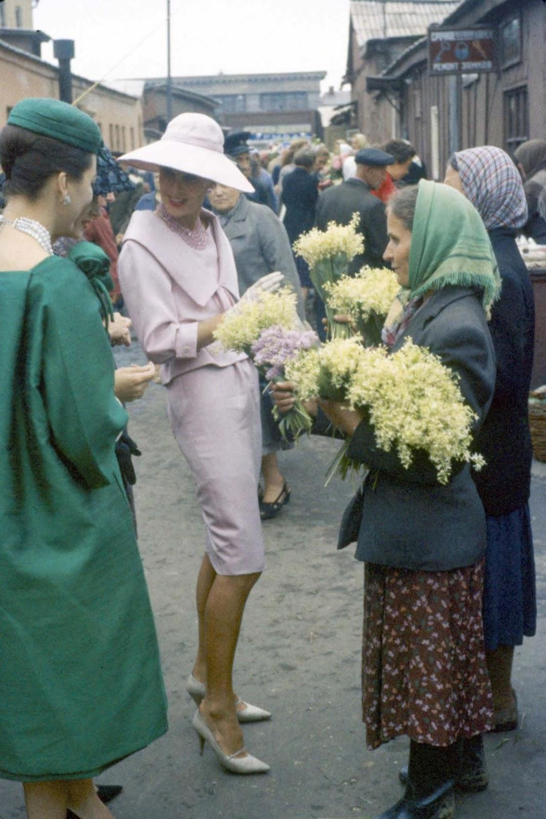 На пазара за цветя в Павелецки.