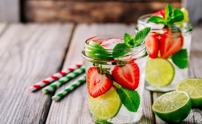 Витаминна бомба: пийте тази вода, за да се предпазите от жегите