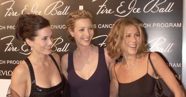 Любопитно Кортни, Лиса и Дженифър - вечните приятелки отново заедно