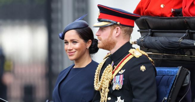 Принц Хари и съпругата му Меганбяха сред членовете на кралското
