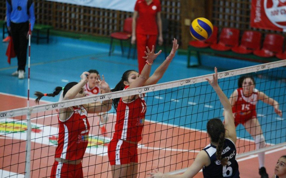 Българска волейболистка продължава във Франция