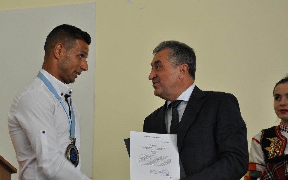 Героят за Арда стана почетен гражданин на Кърджали
