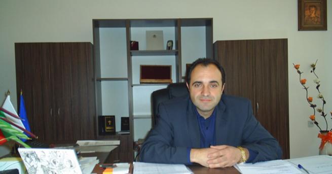 България Поискаха постоянен арест за кмета на Костенец Поръчката, за