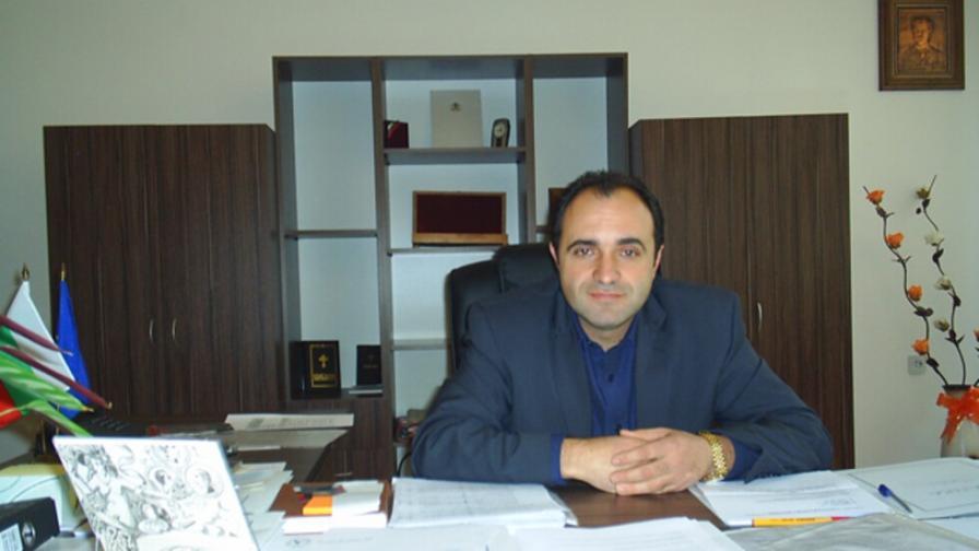 Поискаха постоянен арест за кмета на Костенец