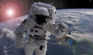 """<p><span style=""""color:#ffbc00;""""><strong>Сами ли сме във Вселената?</strong></span> Милиарди планети с условия за живот</p>"""