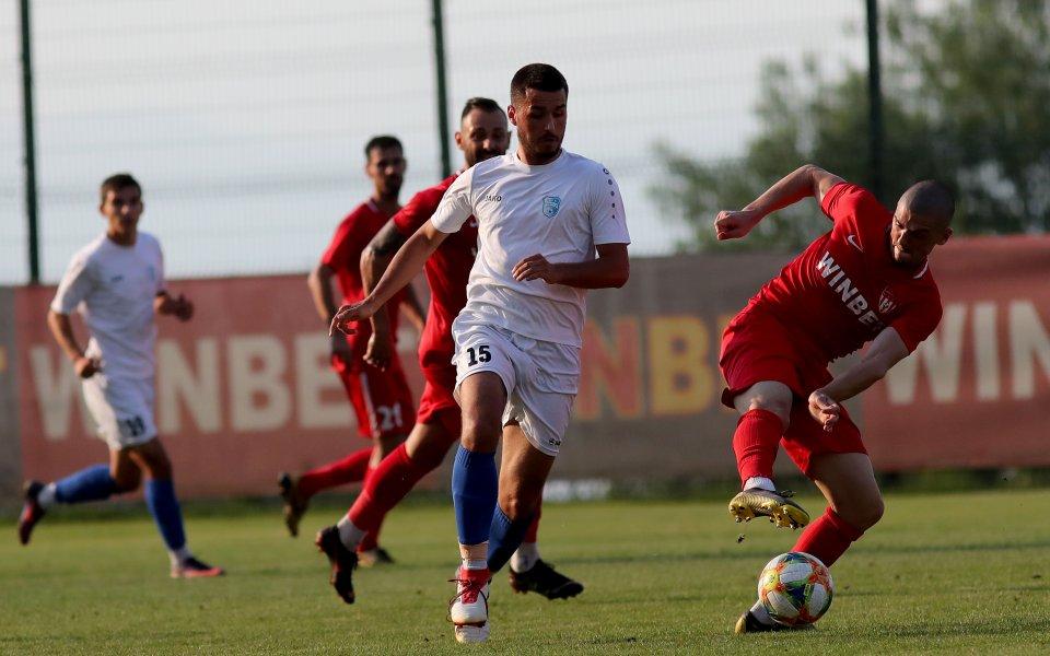 Мачът Монтана - Спартак (Плевен) oт Втора лига няма да