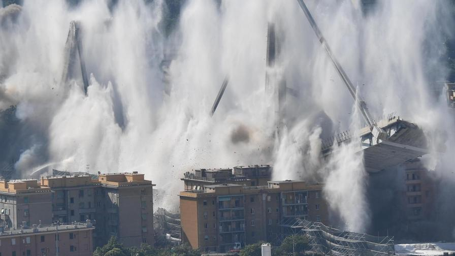 Взривиха моста в Генуа (ВИДЕО и СНИМКИ)