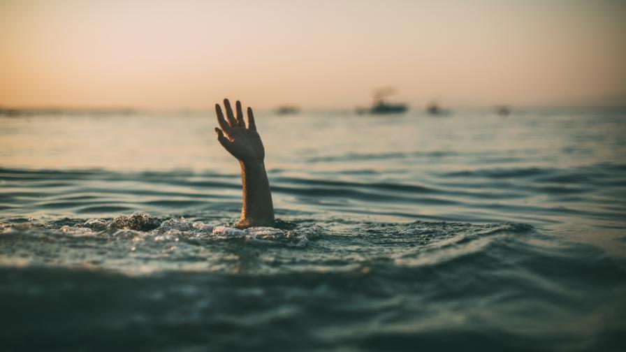 <p>Трима души се удавиха само за ден в Бургаско</p>