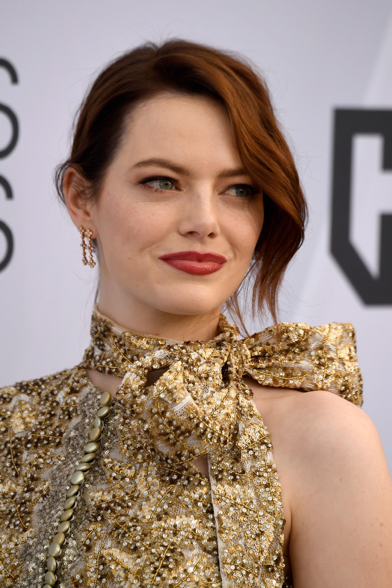 """Ема Стоун<br /> Истинското име на носителката на """"Оскар"""" е Емили Джийн Стоун, но в целия свят тя е известна като Ема."""